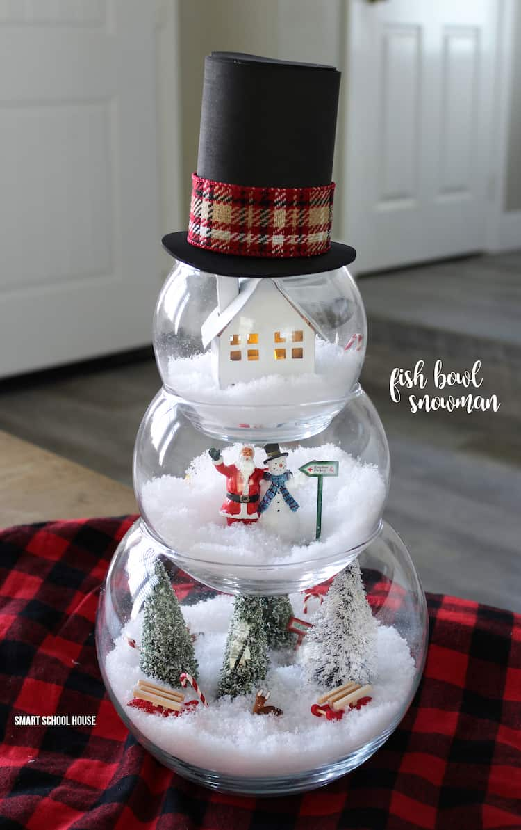 17 Charming DIY Christmas Decor Anybody Can Make