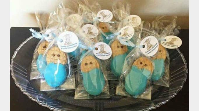 30 Diy Baby Shower Favors Guests Will Actually Want